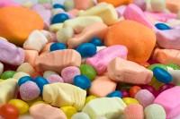 Großer Berg an Süßigkeiten in jeglicher Form